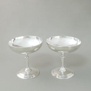 グラス2個-前